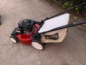 Lawn mower for Sale in Huntington Park, CA