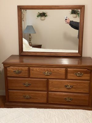 Full size brass bed with dresser, chest of drawers, and night stand for Sale in Liberty, SC