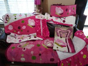 Baby girl crib set for Sale in Dallas, TX