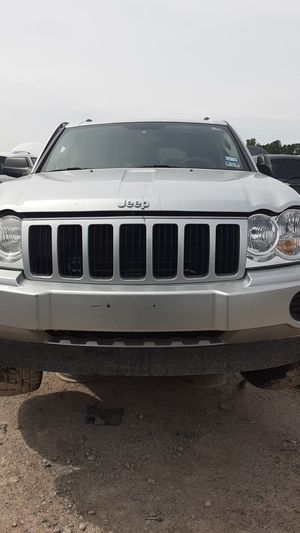 2005 Jeep grand Cherokee for parts for Sale in Houston, TX