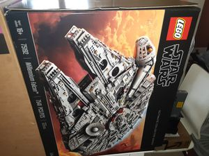 Lego star wars millennium falcon 75192 for Sale in Los Angeles, CA