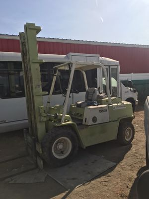 Clark forklift 8000 lb air tires for Sale in Corona, CA