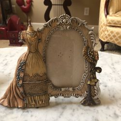 Picture frame for Sale in Fresno,  CA