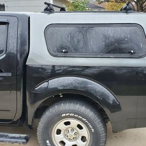 Nissan Frontier Camper Shortbed for Sale in Dallas, TX