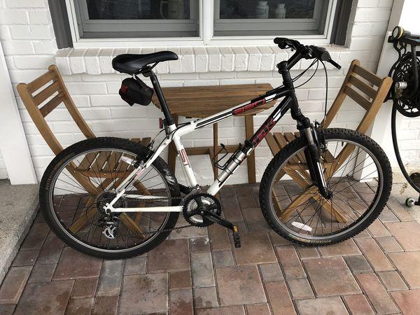 Trek 810 Mountain Bike