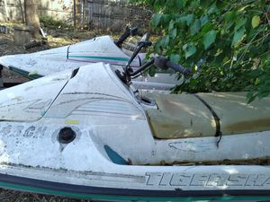 2 Suzuki sea doos. Without trailer won't last long! Deal of a lifetime.. for Sale in Norman, OK