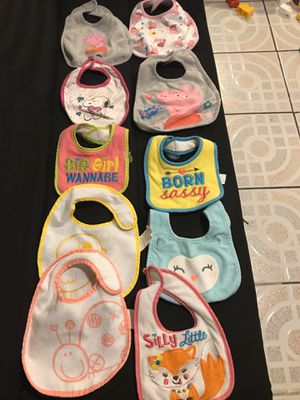 Baby bibs for Sale in Chicago, IL