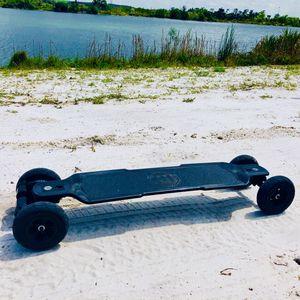 Evolve carbon Gt electric skateboard for Sale in Port St. Lucie, FL