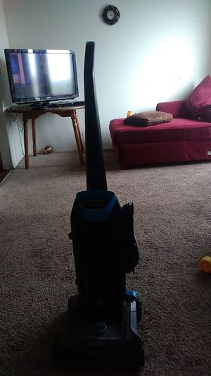 Bisbissell powerfoce vacuum cleaner for Sale in WARRENSVL HTS, OH
