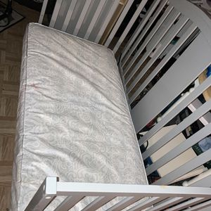 Crib Baby for Sale in Houston, TX