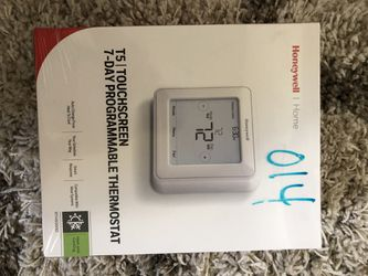 New Honeywell Home T5 Touchscreen 7-Day Programmable Thermostat for Sale in Rosemead,  CA