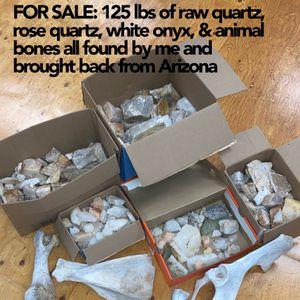 125 lbs RAW QUARTZ, ANIMAL BONES & ONYX for Sale in Long Beach, CA