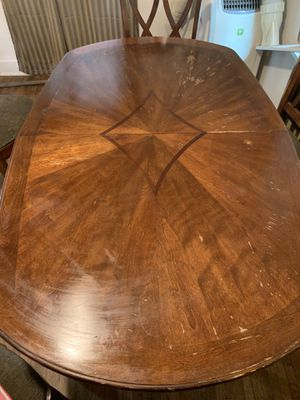 Kitchen or dinning room table for Sale in Mount Angel, OR