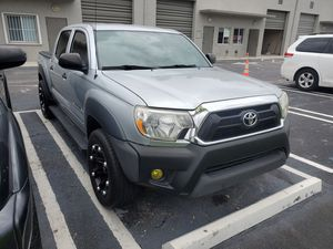 2012 Toyota tacoma 4dr 4cyl auto like new nice wheels low miles for Sale in Miami, FL