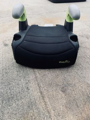 Evenflo Backless car booster seat for Sale in Huntington Beach, CA