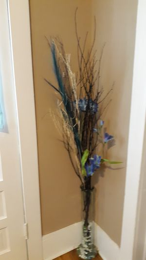 Flowers and vase for Sale in Tullahoma, TN