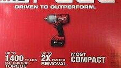 """NEW MILWAUKEE 2767-21B M18 FUEL 18V 1/2"""" HIGH-TOUQUE IMPACT WRENCH KIT for Sale in Overland Park,  KS"""