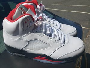 Air Jordan 5 Retro Fire Red Size 11 for Sale in Woburn, MA