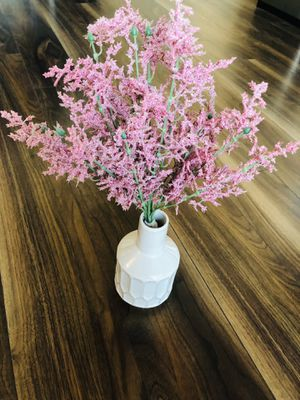 small vase/fake plant for Sale in Chicago, IL