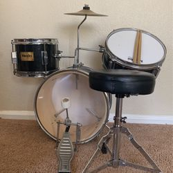 Mending 13 Inch 3 Piece Drumset for Sale in Pleasanton,  CA