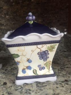 2 Nice Jar for Sale in Vienna,  VA