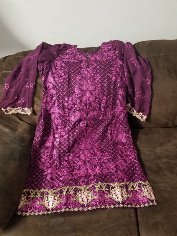 Lawn embroidery 3pc dress large