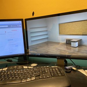 Dell Monitor 24 Inch for Sale in Los Angeles, CA
