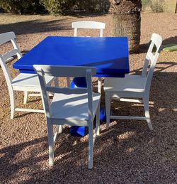 Beautiful Dining Set - True Blue Pedestal Real Wood Table & 4 White Chairs for Sale in Tempe,  AZ