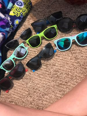 sunglasses for Sale in Fitzgerald, GA