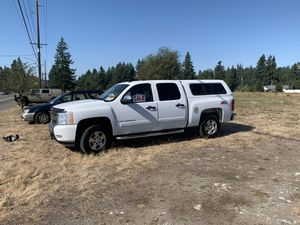 2008 Chevy Silverado crew can z71 4x4 for Sale in Lacey, WA