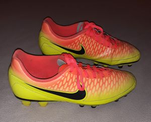 Nike Magista Soccer Cleats Size 8 for Sale in Fresno, CA