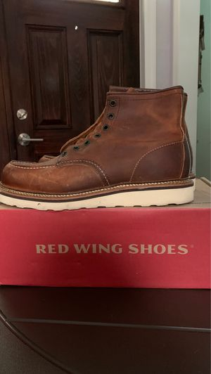 Red Wing Shoes work boot size 9 1/2 D for Sale in Palm Harbor, FL
