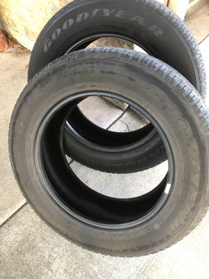 Goodyear wrangler SRA 275/60/R20 for Sale in Victoria, TX
