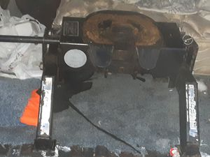 5TH WHEEL TRAILER HITCH for Sale in Oakland, CA