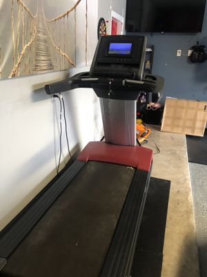 FreeMotion reflex Treadmill for Sale in Pearland, TX