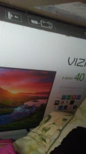 40 inch vizio smart tv for Sale in Sergeant Bluff, IA