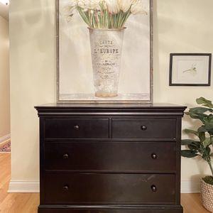 Black Dresser for Sale in Naperville, IL