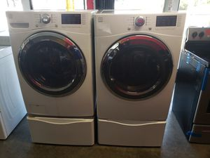 Kenmore Washer and Gas dryer Set w/Pedestals for Sale in Seal Beach, CA