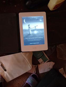 Kindle for Sale in Brandon,  FL