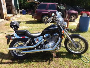 Honda 1100 shadow 4300 miles on it one owner asking 4500 for Sale in Blacksville, WV