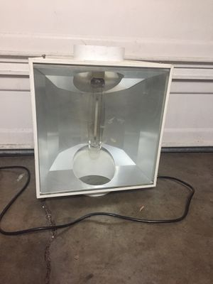 High pressure sodium indoor grow light for Sale in Mission Viejo, CA