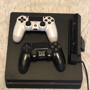 PlayStation 4 for Sale in Stafford, TX