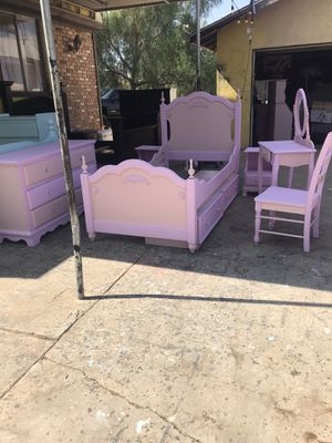 Twin bed with bed storage for Sale in Perris, CA