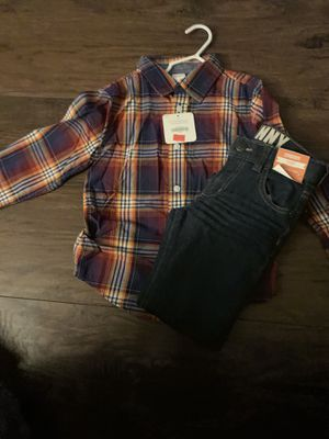Platted shirt with skinny jeans for Sale in Pittsburg, CA