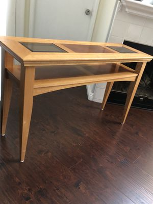 Solid wood console table for Sale in Anaheim, CA