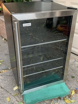 Refrigerator/Beverage cooler for Sale in Queens, NY