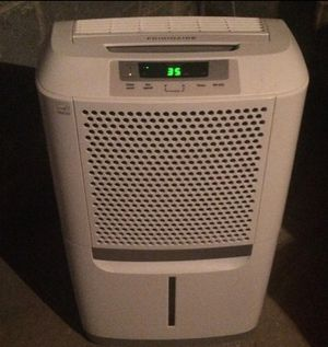 New FRIGIDAIRE FAD704DWD ENERGY STAR 70-PINT DEHUMIDIFIER WITH EFFORTLESS HUMIDITY CONTROL, WHITE for Sale in Las Vegas, NV