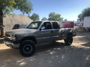 2002 Chevy Silverado for Sale in Pomona, CA