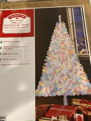 6.5 ft White with multicolor lights. Beautiful. UNOPENED BOX. NEW! for Sale in Southwest Ranches, FL