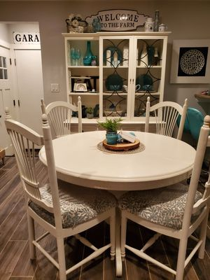 Kitchen table and 4 chairs for Sale in Westminster, CO